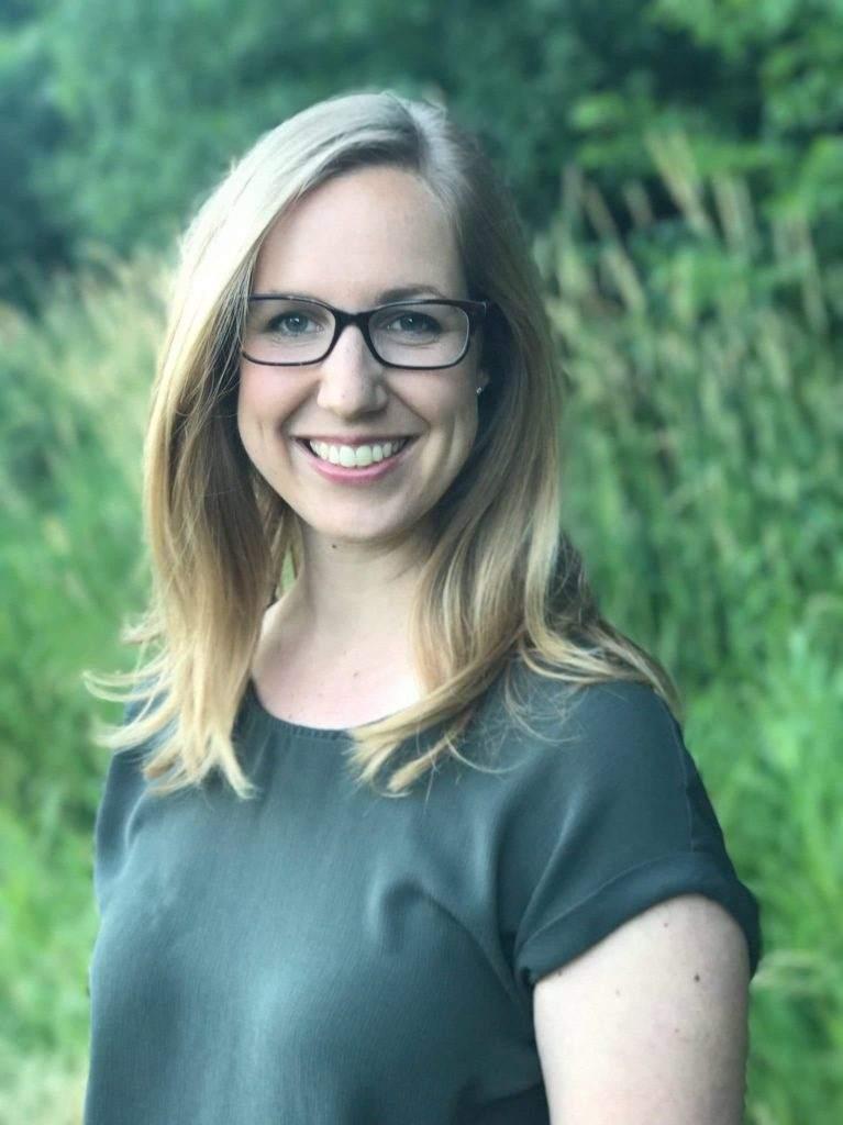 Dr. Lisa Krebs